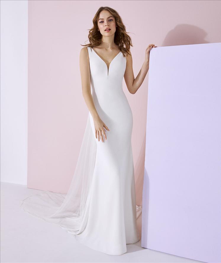White One Aiko Ivory Retail Price $1620 | Our Price $1134