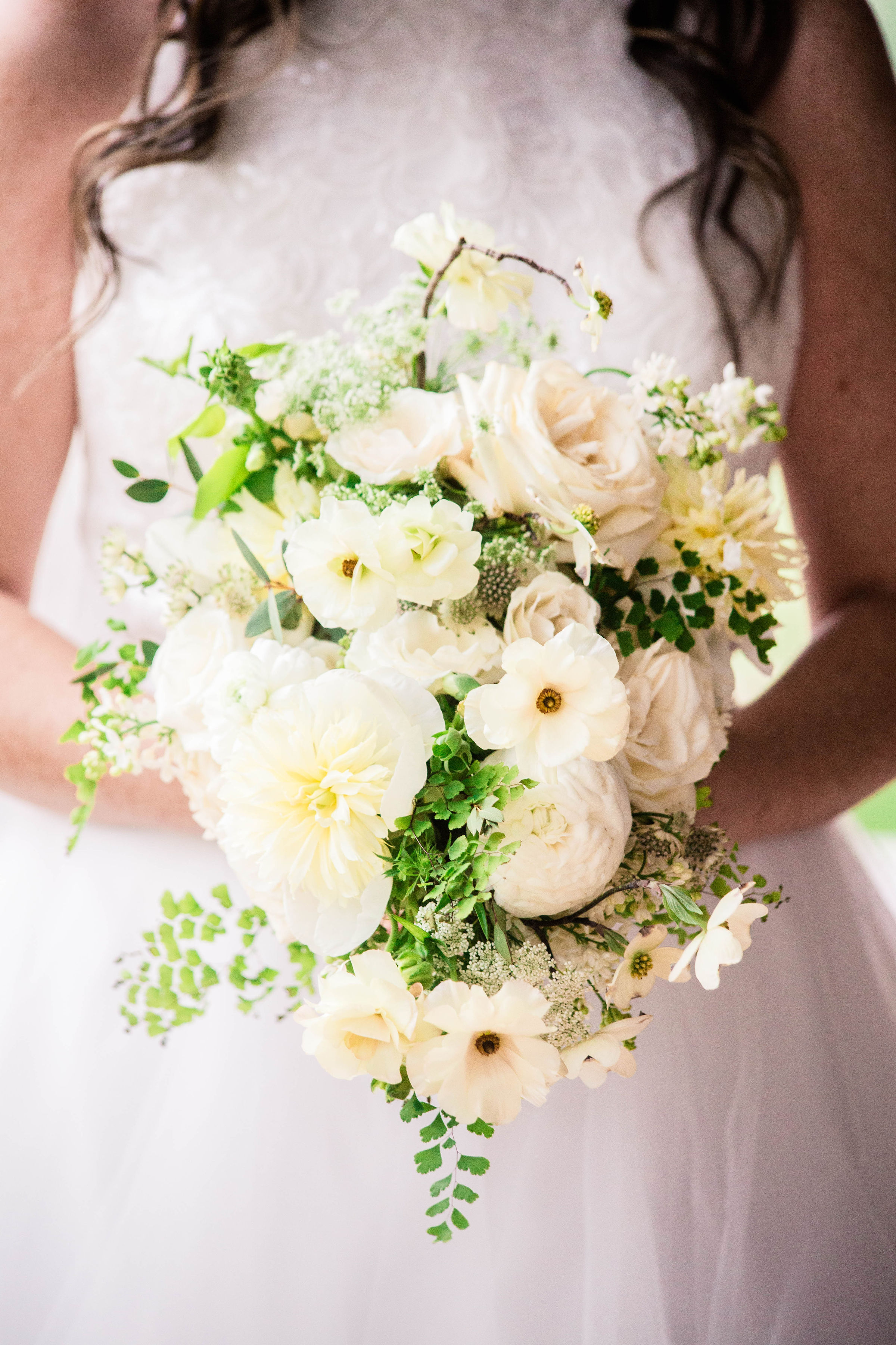 white spring cascading bouquet