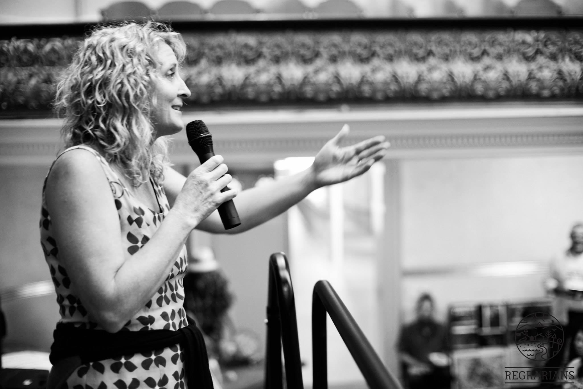 Presenter Lisa Heenan