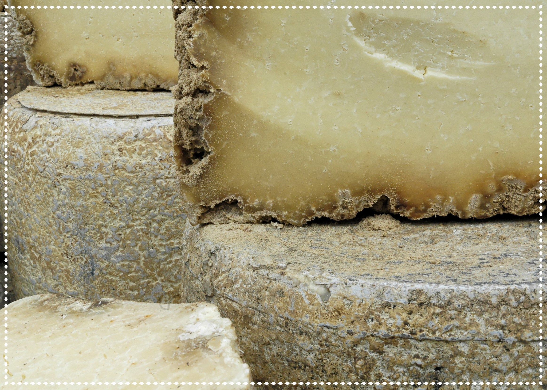 AdobeStock_7353537 cheese rind.jpg