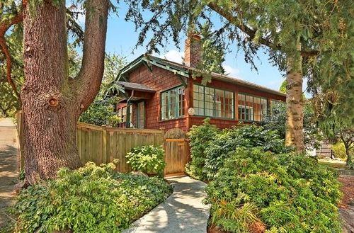 7703 18th Avenue NE, Seattle | $590,000