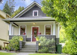 1024 NE 70th Street, Seattle | $515,000