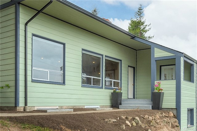 **3205 25th Ave W, Seattle | $940,000