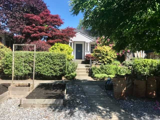 *2626 45th Ave SW, Seattle | $780,000