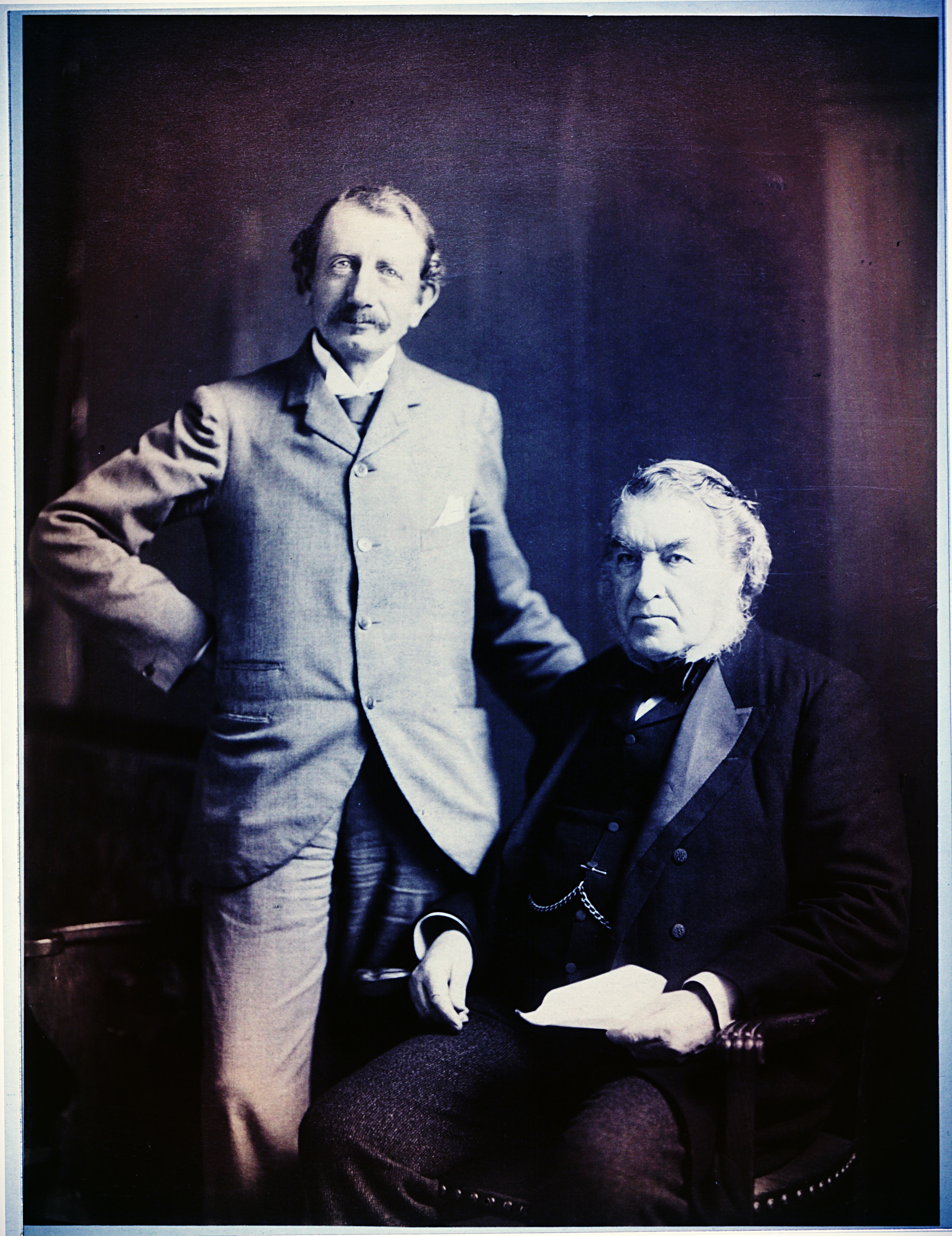 Sir Hugh John with former Prime Minister, Sir Charles Tupper. / Library and Archives Canada, PA-030908