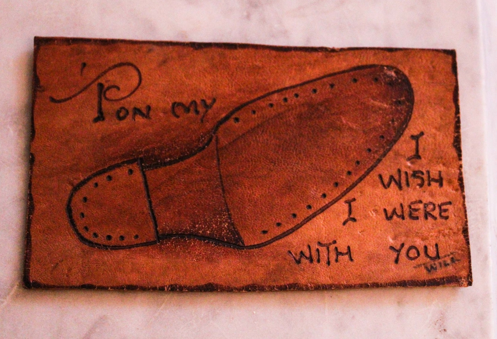 Who says shoe-related humour can't be romantic and  punny ? (We'll see ourselves out…)