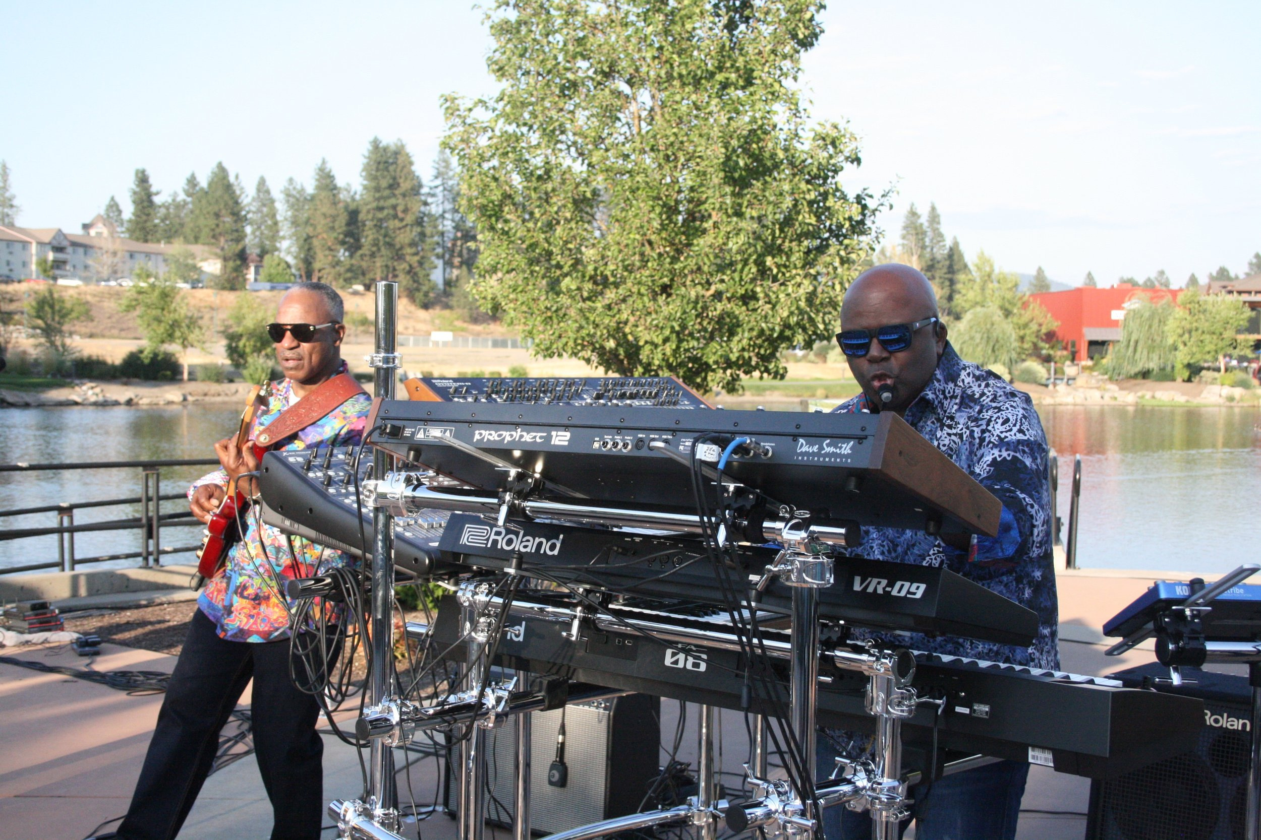 Friday August 30th - FREE Concert featuring Martin & Moore - Riverstone Amphitheater –710 East Mullen Avenue - Coeur d'Alene, ID