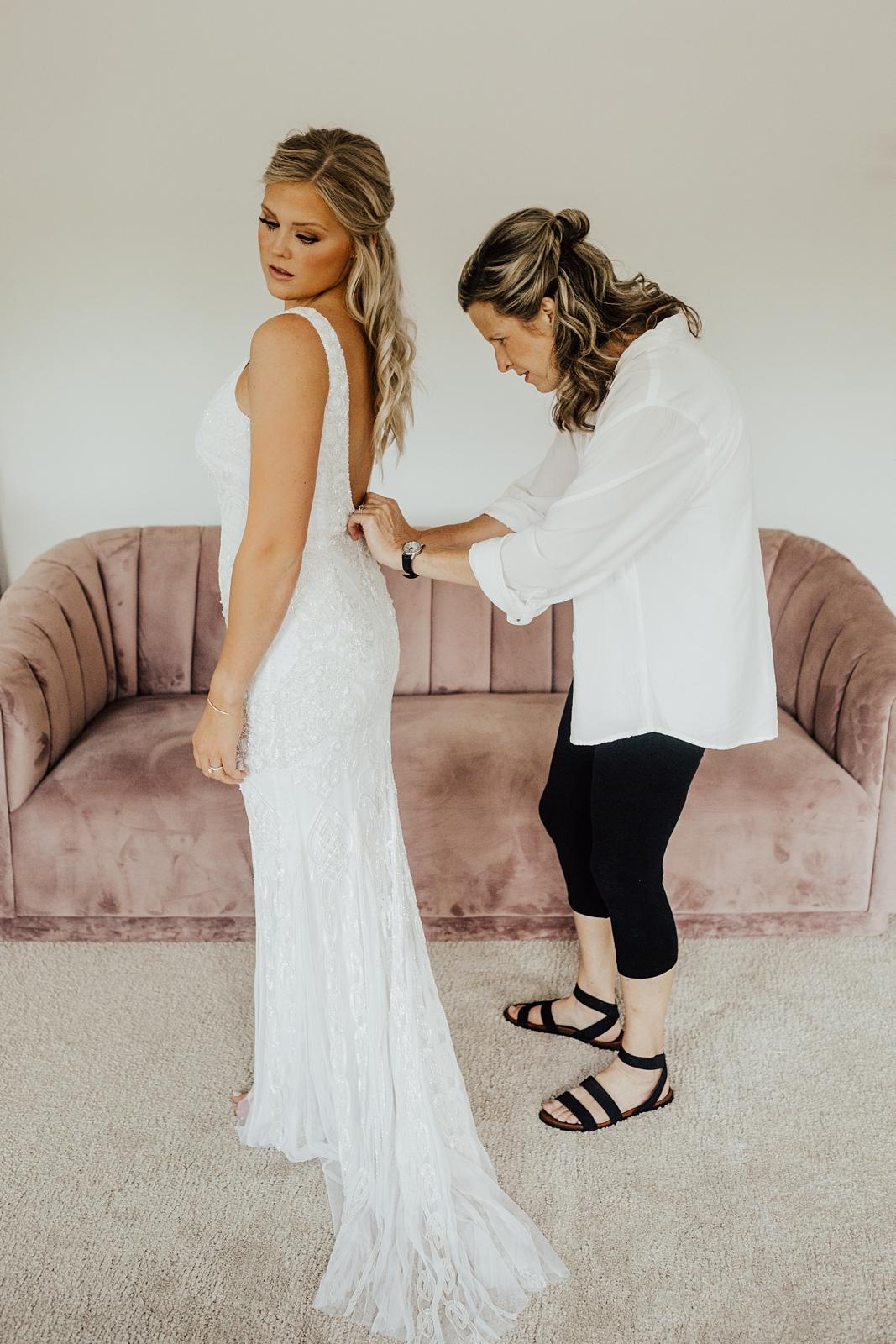 Anna & Trey Modern Minneapolis Wedding at The Hutton House_0686.jpg