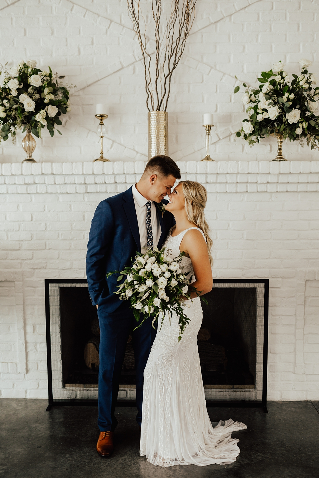 Anna & Trey Modern Minneapolis Wedding at The Hutton House_0699.jpg