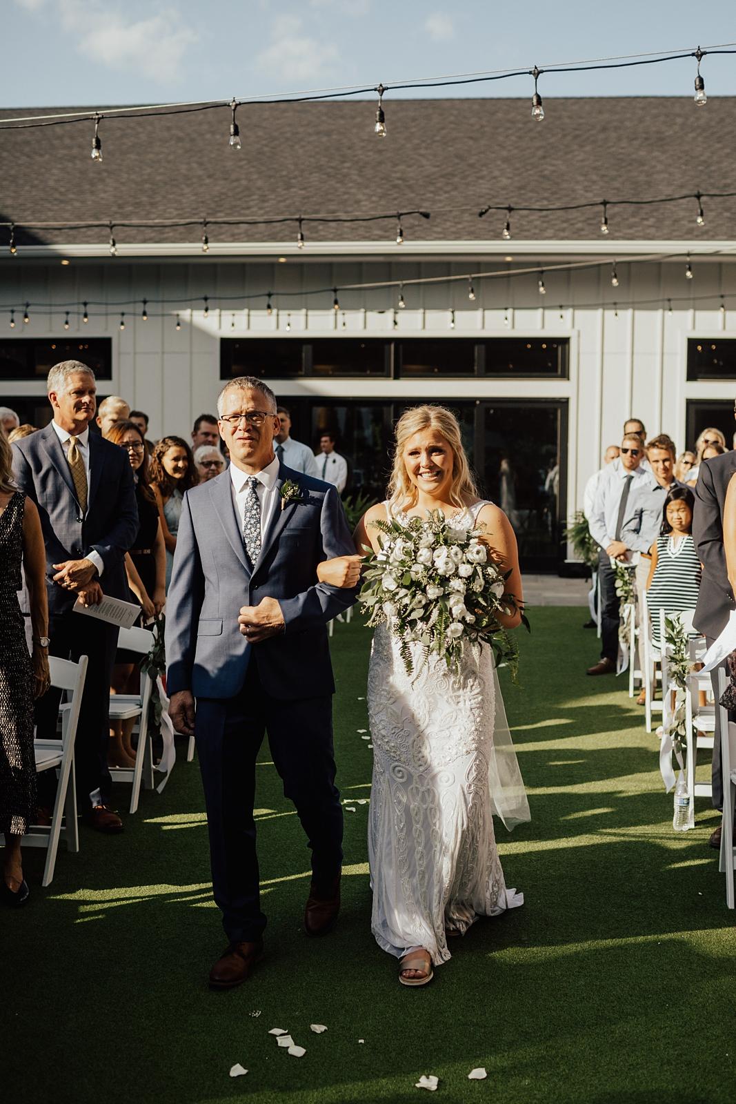 Anna & Trey Modern Minneapolis Wedding at The Hutton House_0717.jpg
