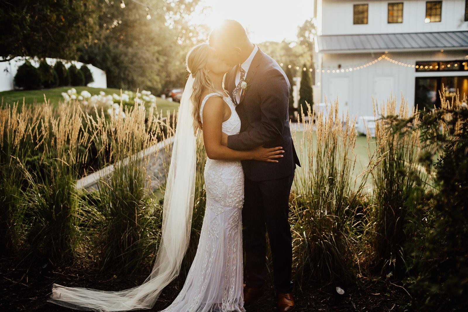 Anna & Trey Modern Minneapolis Wedding at The Hutton House_0732.jpg