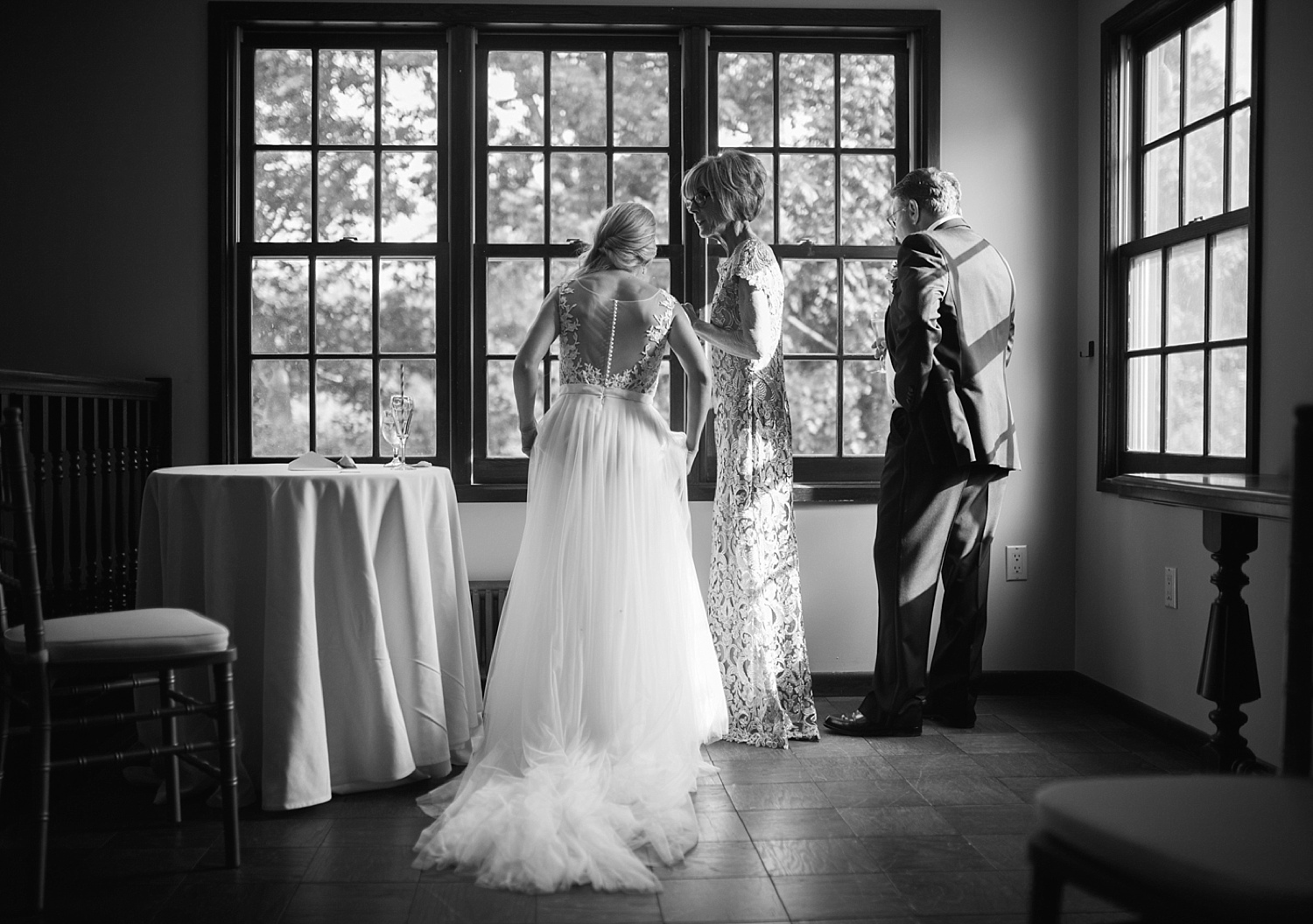 romantic_hotelduvillage_newhope_pennsylvania_wedding_040.jpg