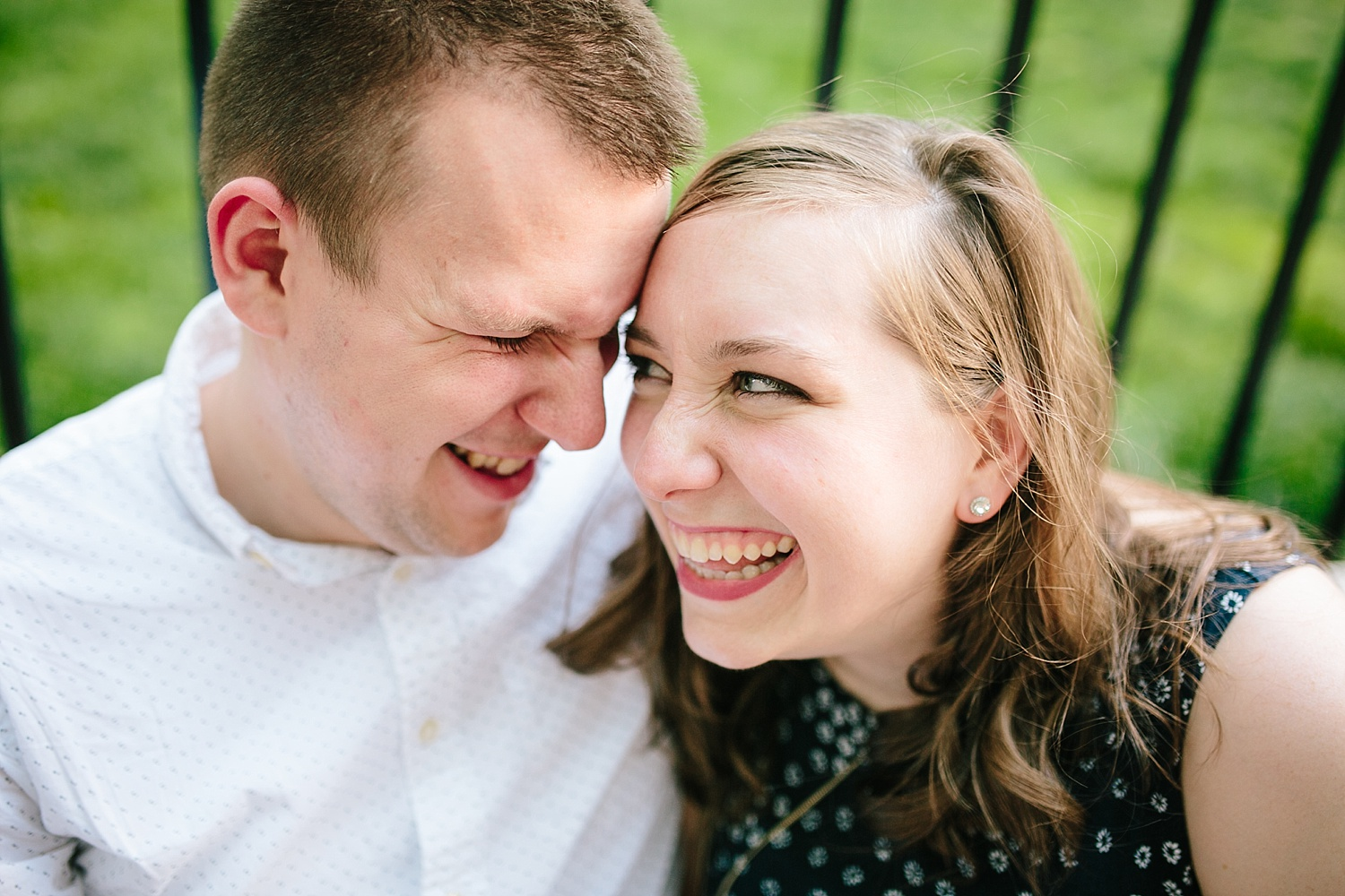 lizandbrandon_oldcity_philadelphia_elfrethsalley_engagement_session_image024.jpg