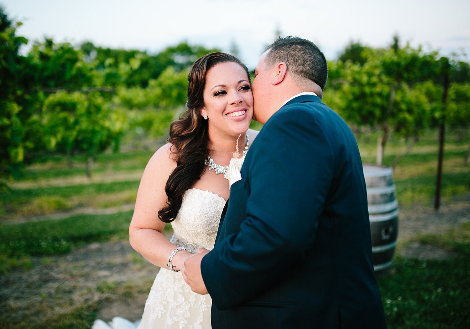 kellishawn_rosebankwinery_newtown_buckscounty_summer_wedding_image039.jpg