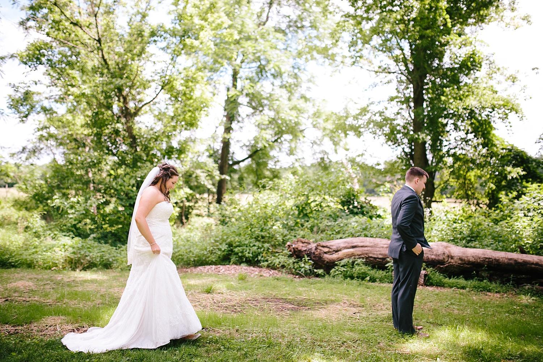 lizbrandon_rosebankwinery_newtown_summer_wedding_image_027.jpg
