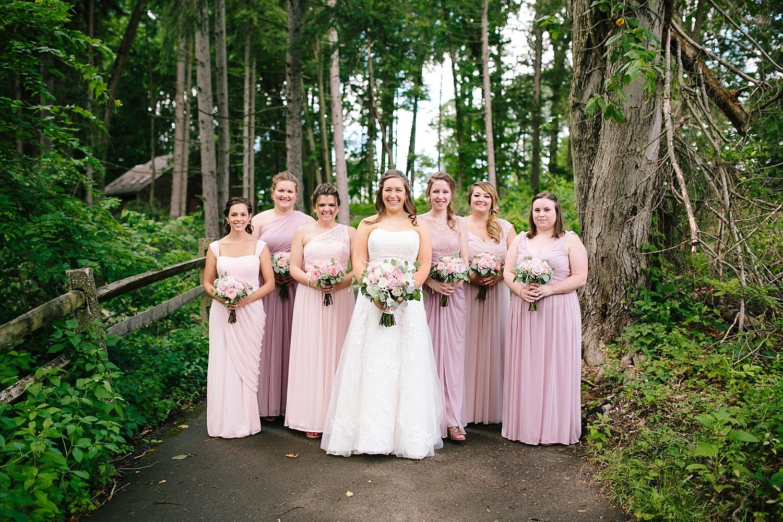 lizbrandon_rosebankwinery_newtown_summer_wedding_image_039.jpg