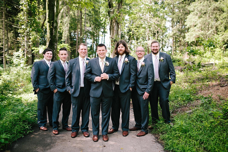 lizbrandon_rosebankwinery_newtown_summer_wedding_image_043.jpg