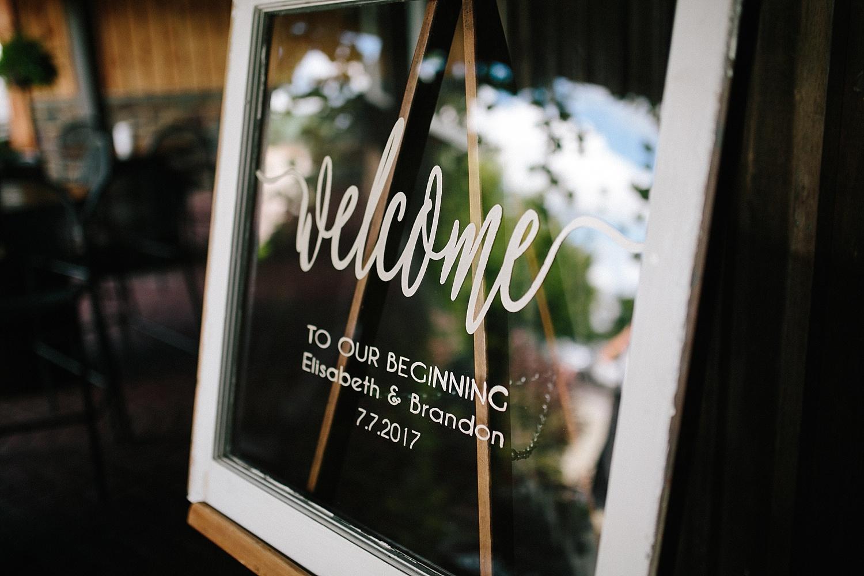 lizbrandon_rosebankwinery_newtown_summer_wedding_image_055.jpg