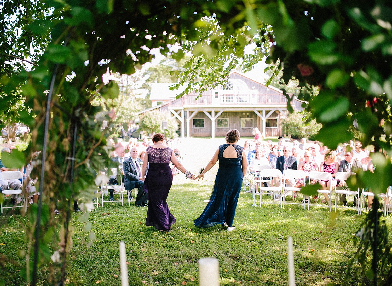 lizbrandon_rosebankwinery_newtown_summer_wedding_image_061.jpg