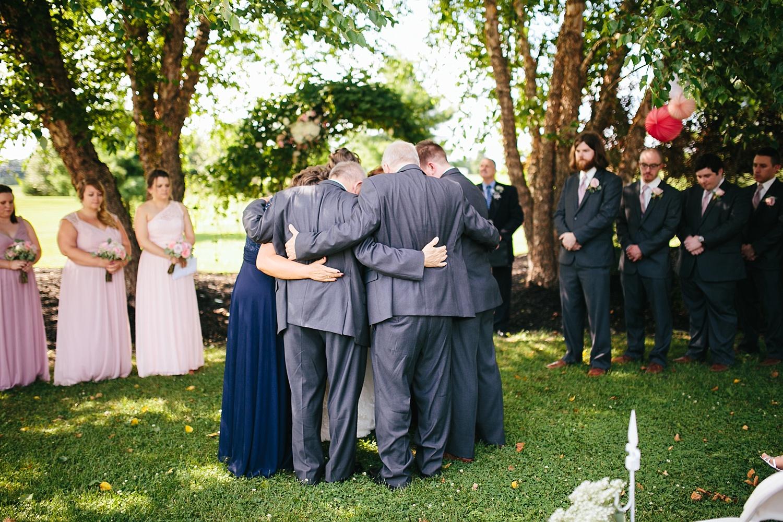 lizbrandon_rosebankwinery_newtown_summer_wedding_image_076.jpg