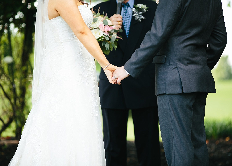 lizbrandon_rosebankwinery_newtown_summer_wedding_image_078.jpg