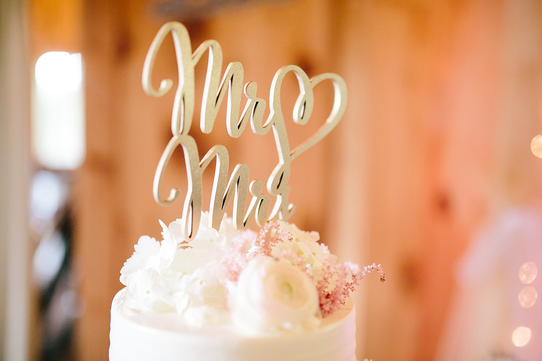 lizbrandon_rosebankwinery_newtown_summer_wedding_image_096.jpg