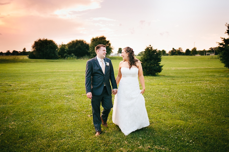 lizbrandon_rosebankwinery_newtown_summer_wedding_image_109.jpg