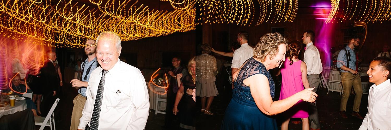 lizbrandon_rosebankwinery_newtown_summer_wedding_image_123.jpg