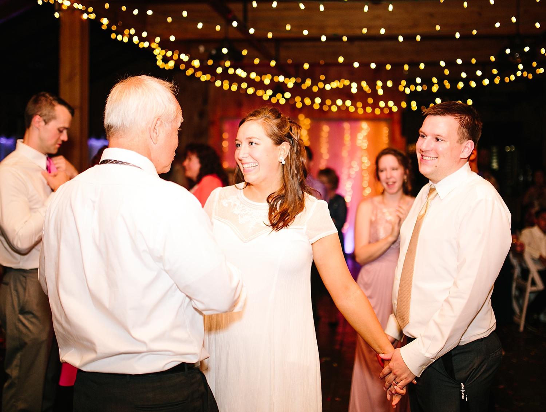 lizbrandon_rosebankwinery_newtown_summer_wedding_image_126.jpg
