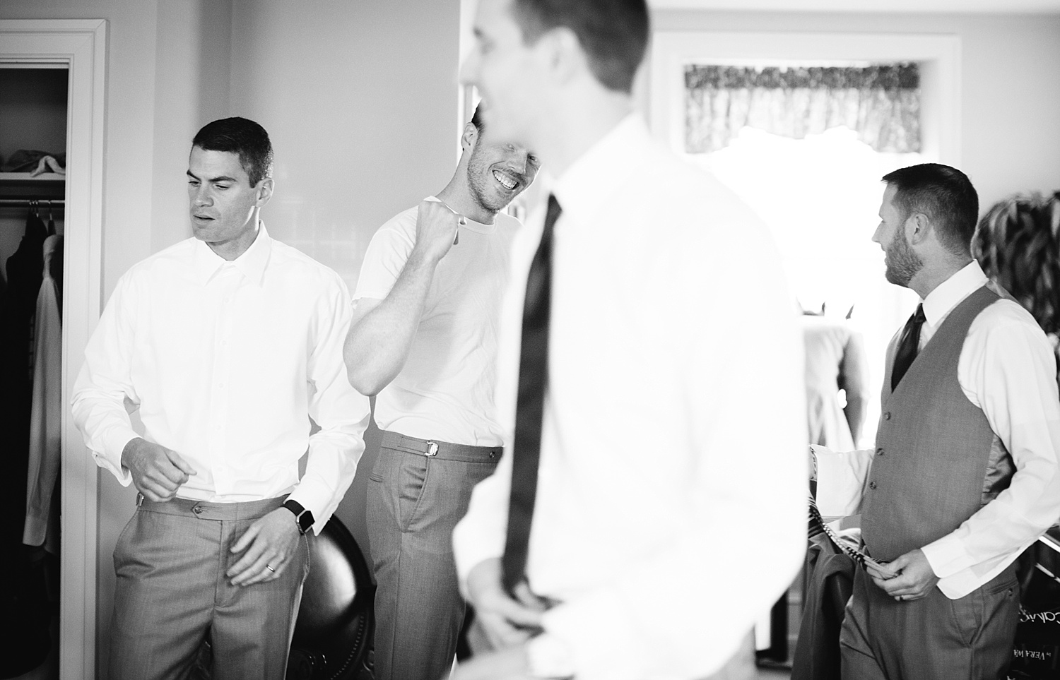 emilyandjoe_bluebell_countryclub_philadelphia_wedding_image003.jpg