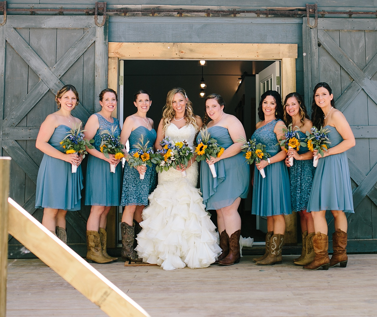 jennyryan_newbeginnings_farmstead_upstatenewyork_wedding_image040.jpg