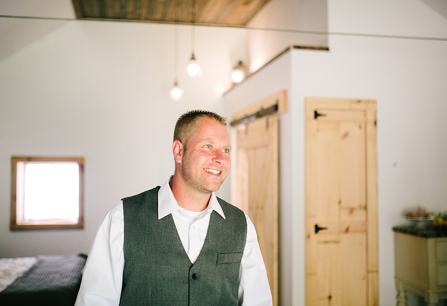 jennyryan_newbeginnings_farmstead_upstatenewyork_wedding_image047.jpg