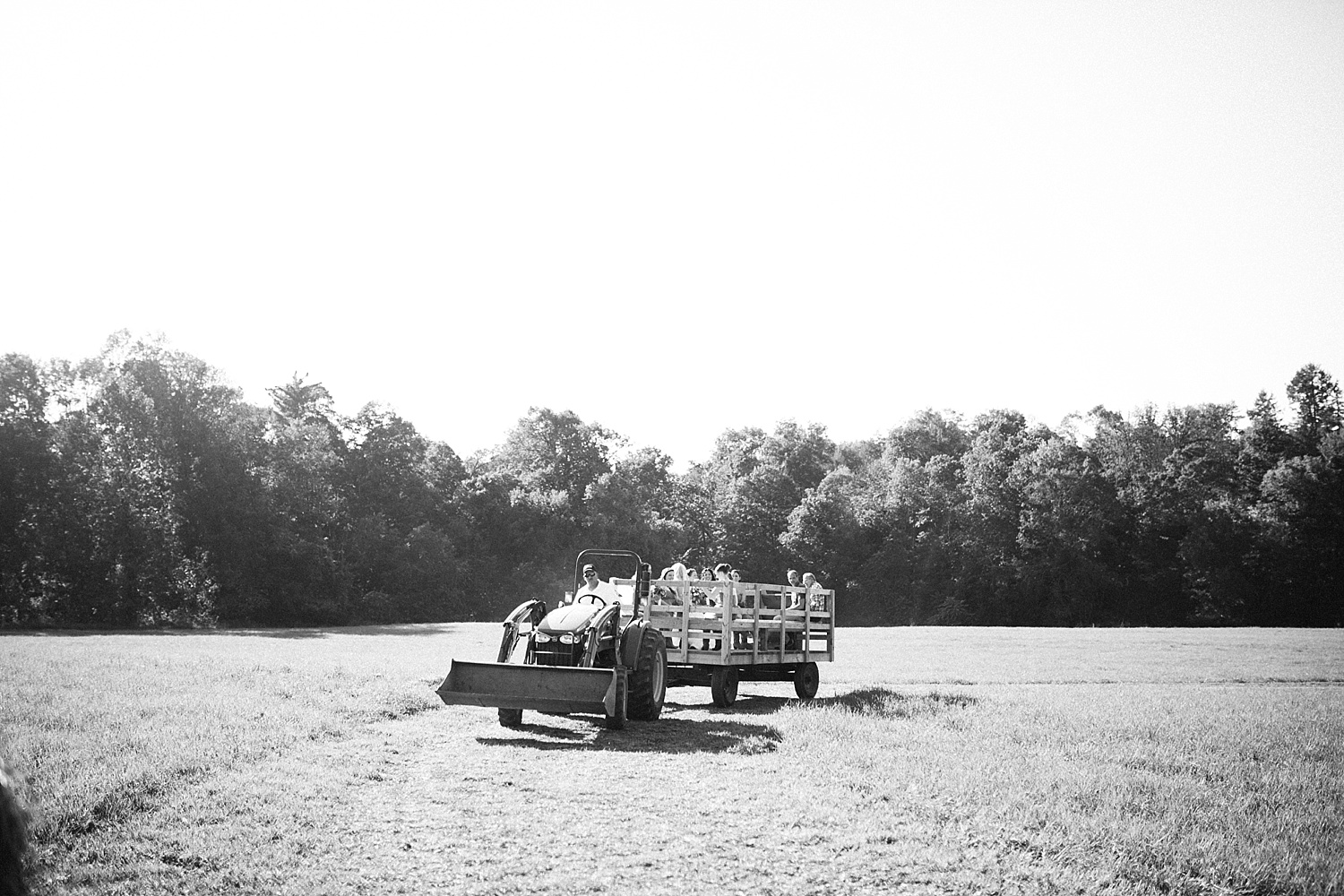 jennyryan_newbeginnings_farmstead_upstatenewyork_wedding_image083.jpg