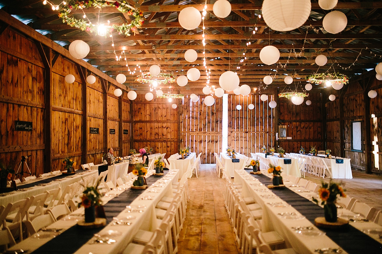 jennyryan_newbeginnings_farmstead_upstatenewyork_wedding_image115.jpg