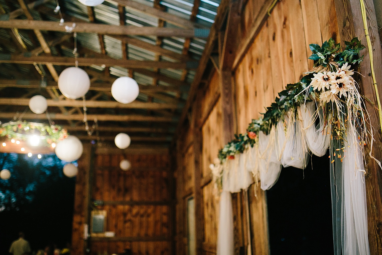 jennyryan_newbeginnings_farmstead_upstatenewyork_wedding_image131.jpg