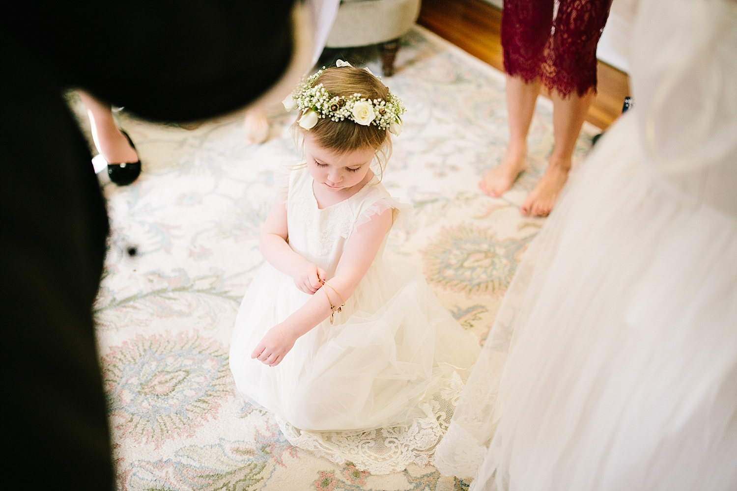 jessdavid_barnonbridge_phoenixville_winter_wedding_image_023.jpg