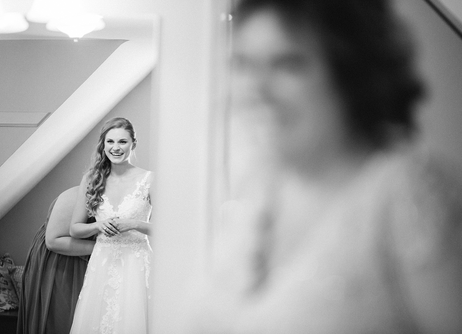 jessdavid_barnonbridge_phoenixville_winter_wedding_image_036.jpg