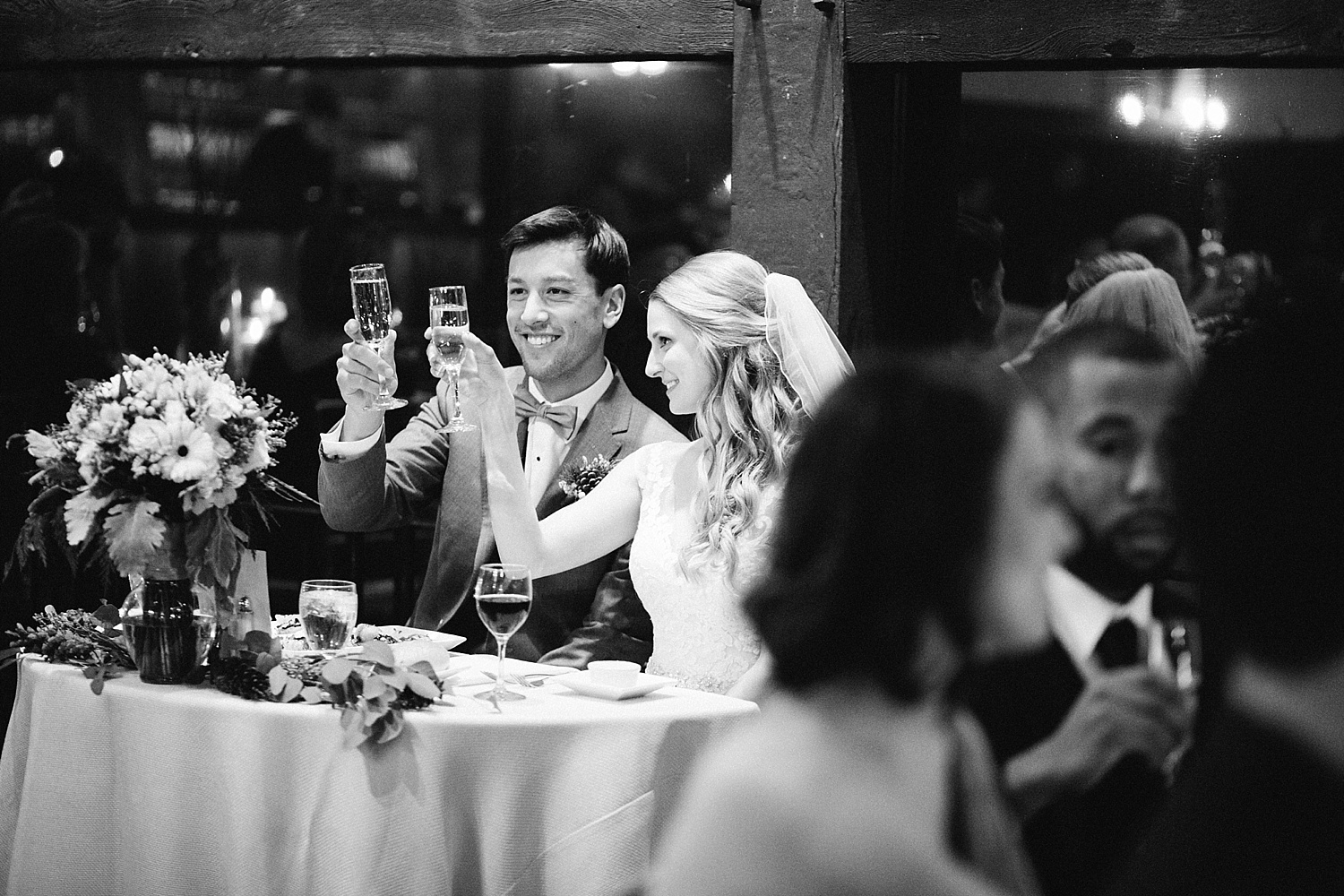 jessdavid_barnonbridge_phoenixville_winter_wedding_image_098.jpg