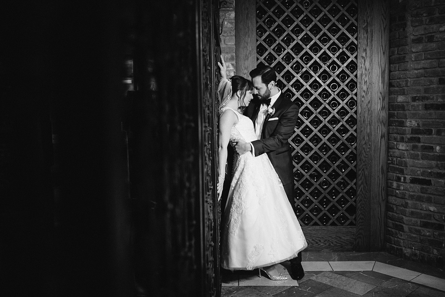 michelledaniel_themanor_newjersey_winter_wedding_image078.jpg