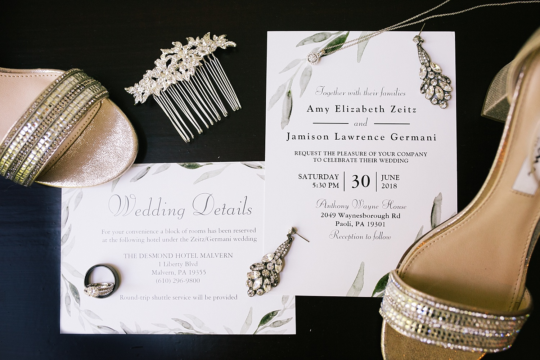 amyjamie_anthonywaynehouse_paoli_philadelphia_summer_wedding_image001.jpg