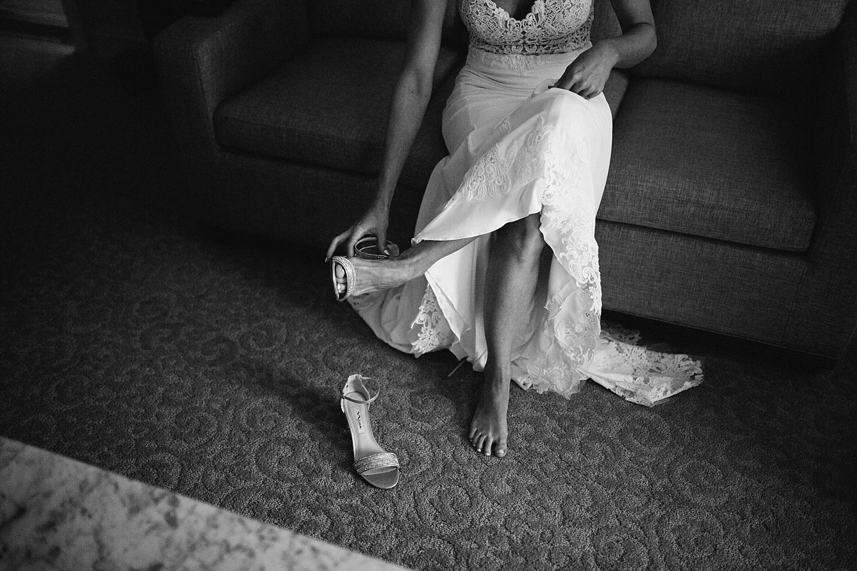 amyjamie_anthonywaynehouse_paoli_philadelphia_summer_wedding_image031.jpg