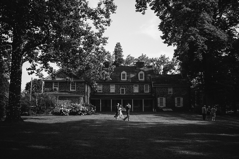 amyjamie_anthonywaynehouse_paoli_philadelphia_summer_wedding_image048.jpg