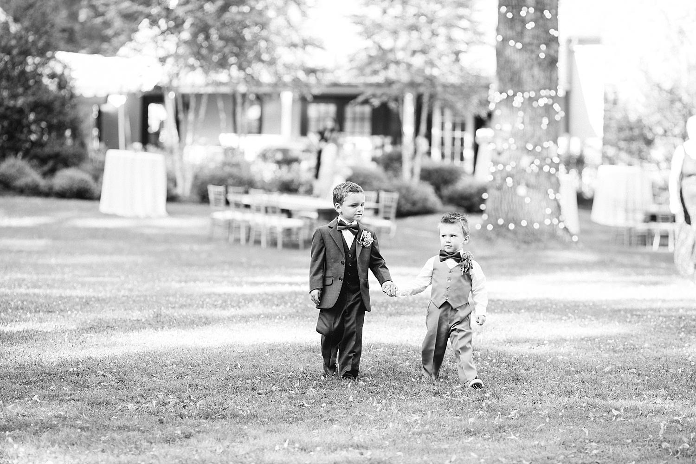 amyjamie_anthonywaynehouse_paoli_philadelphia_summer_wedding_image052.jpg
