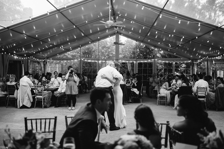 amyjamie_anthonywaynehouse_paoli_philadelphia_summer_wedding_image104.jpg