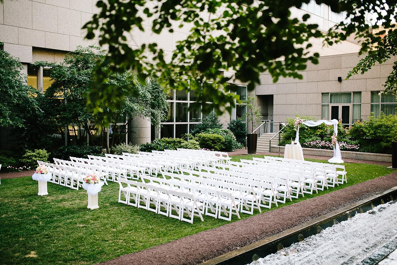 lisajoe_thelogan_philadelphia_artmuseum_wedding_image066.jpg