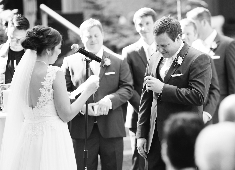 lisajoe_thelogan_philadelphia_artmuseum_wedding_image088.jpg
