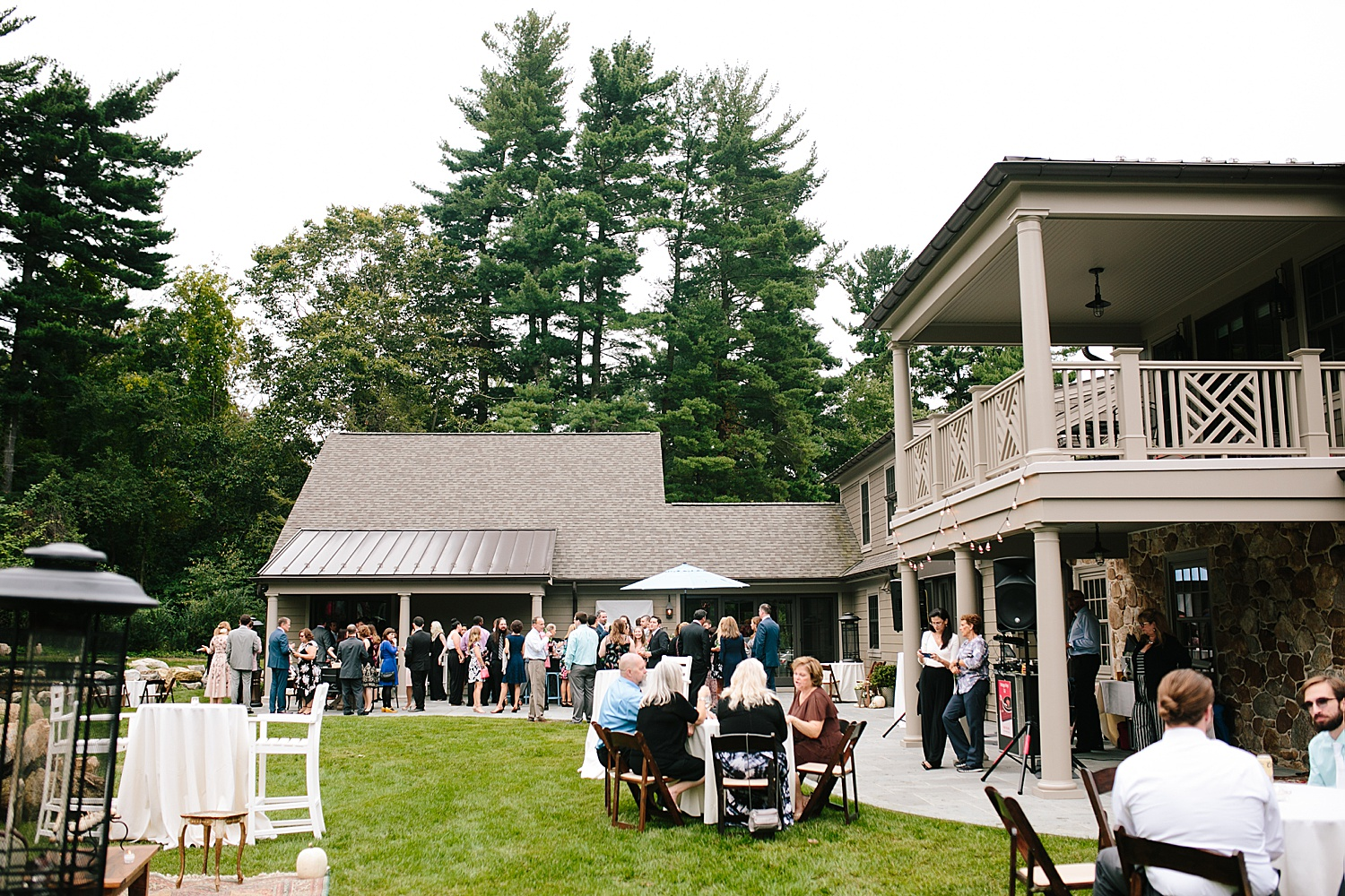 ashleykyle_backyard_wedding_havertown_image066.jpg