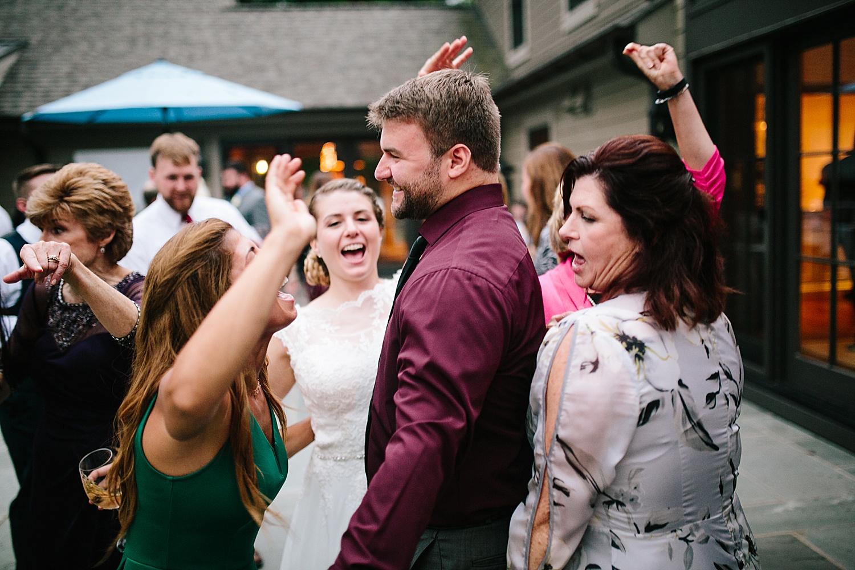 ashleykyle_backyard_wedding_havertown_image109.jpg