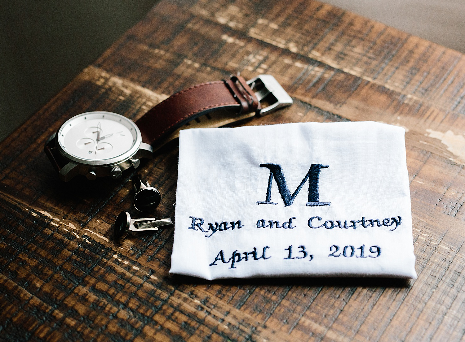 courtneyryan_sheraton_societyhill_philadelphia_merchantsexchange_wedding_image009.jpg