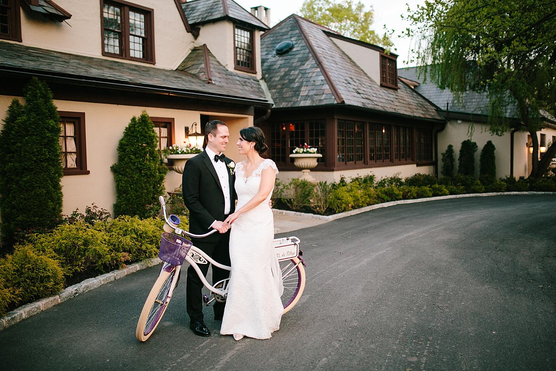 caitlingmarc_hotelduvillage_newhope_estate_spring_wedding)image089.jpg